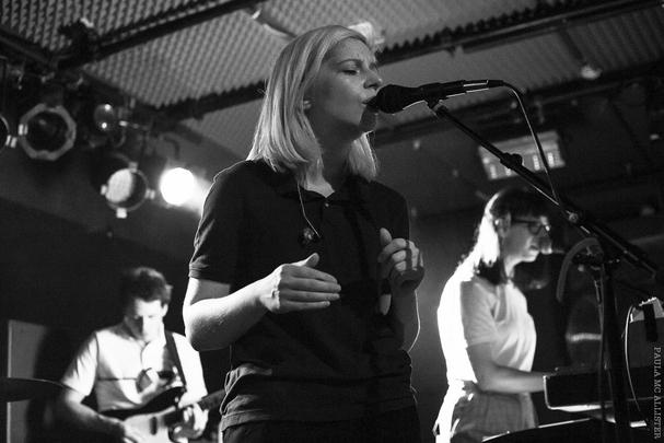 musik und frieden club berlin